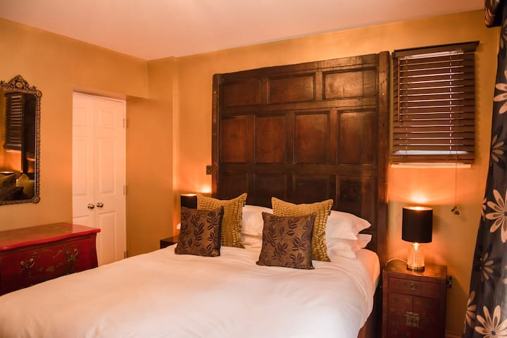 Gold Room - Standard Double Room - Ensuite