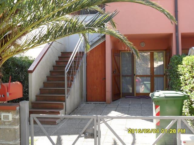 Casa vacanze verde mare - Montemarciano - Townhouse