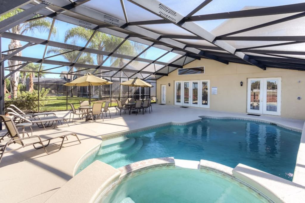 North Facing Private Pool with Spillover Spa, Extended Sun Deck, Pool Shower, Gas BBQ Grill & More!