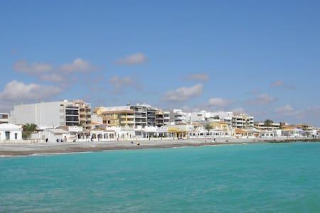 Apartamento luminoso de 2 habitaciones en la playa - El Grau de Moncofa - Apartemen