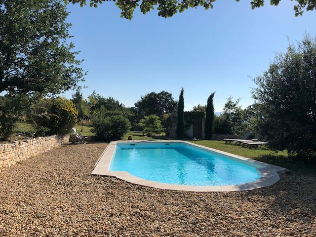 Le jardin de roses/Luberon/Provence