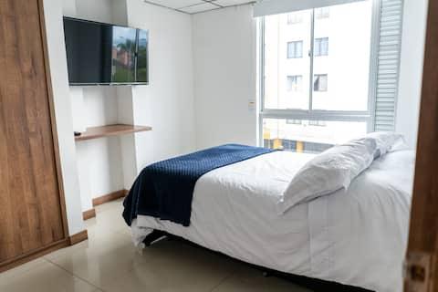 Приятная и комфортабельная квартира с 2 спальнями.