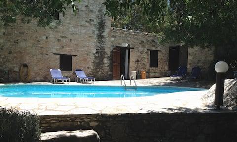 Episkopi, Moronero Traditional House