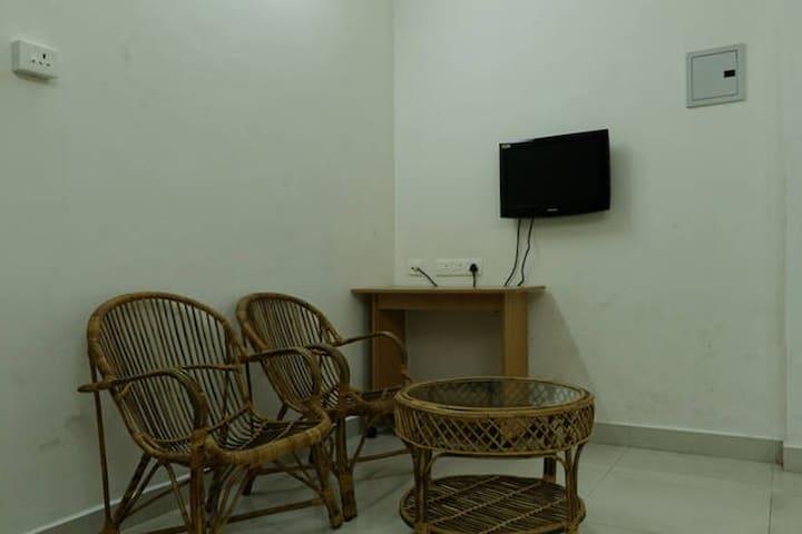Maison Raja, single Bedroom Service Apartment