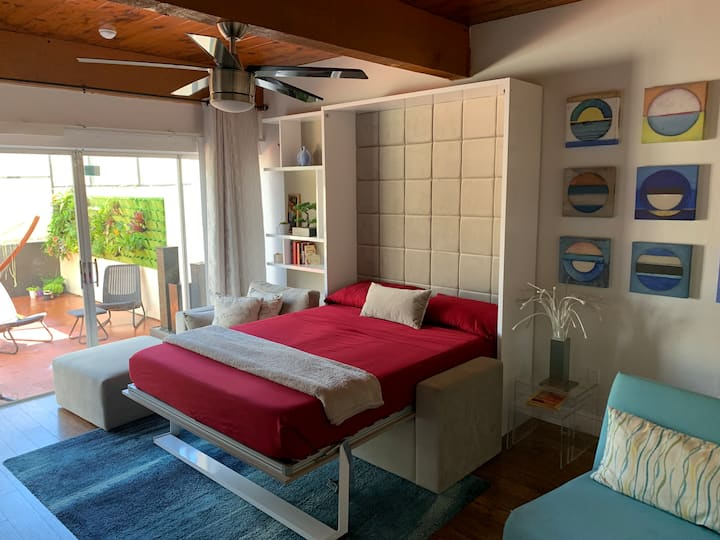 Tropical/ cozy private room/ lake view