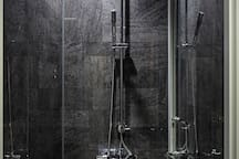 Rainfall Grohe showers