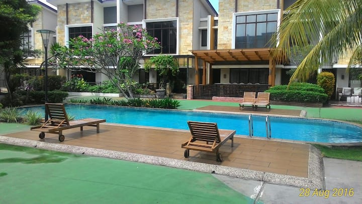 House in Foresta close to ICE, AEON BSD