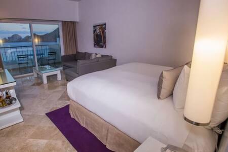 ME Cabo San Lucas - Cabo San Lucas - Condominium