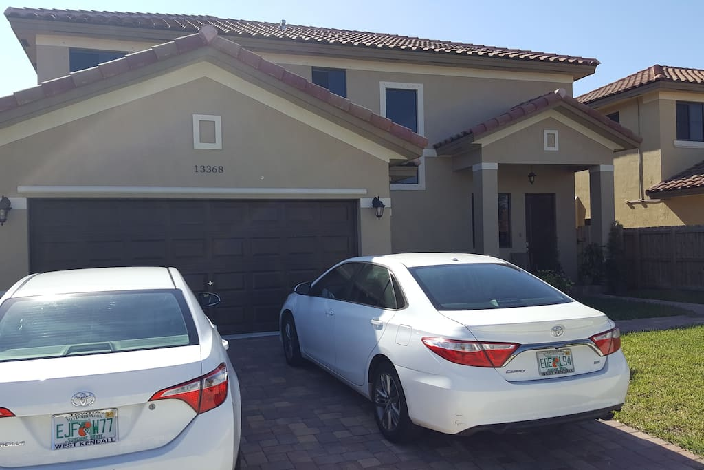 Parking in the front of the house.