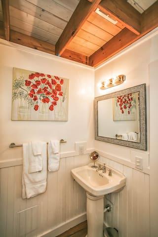 Bright clean bathroom.