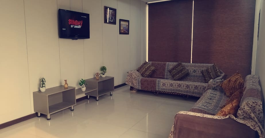 2 Bedroom Furnished Apartment near Lahore Airport.