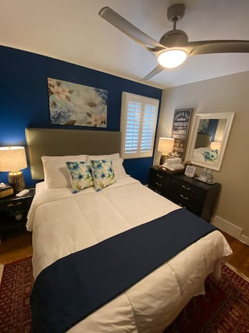 Near ORD Airport~Neutral Retreat~Cozy QUEEN Bed.