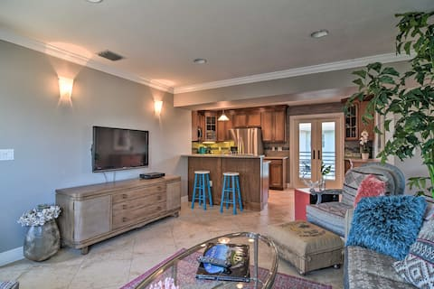 NEW! Tropical Condo - Walk to Pass-a-Grille Beach!