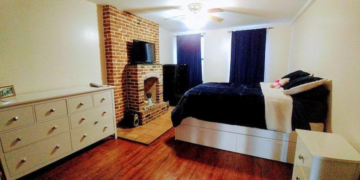 Gorgeous & Quiet 2 Bedroom Loft - Upper East Side