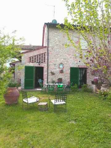 Paradiso immerso nel verde della campagna Toscana - Siena - Huis