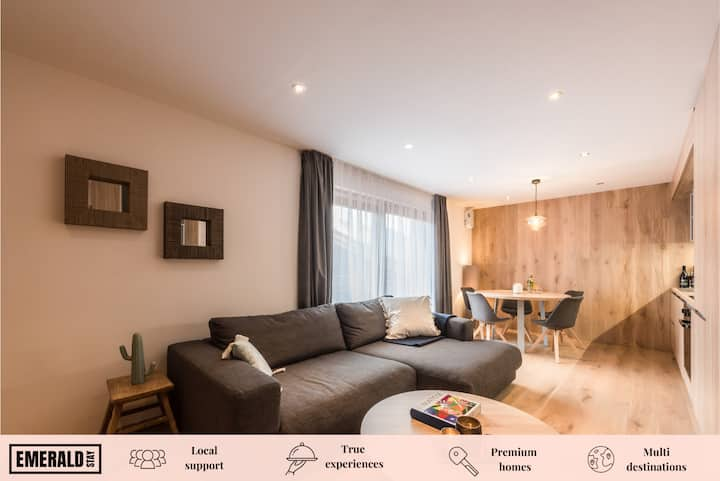 MERANTI - Design apartment with spa and gym