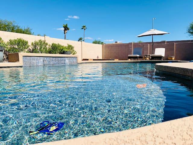Modern Rustic Luxury in Scottsdale & Heated Pool!