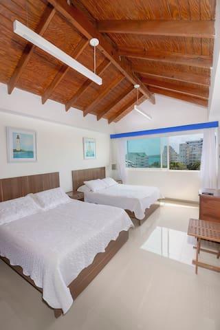 Segunda Habitación con 2 camas dobles amplia y confortable
