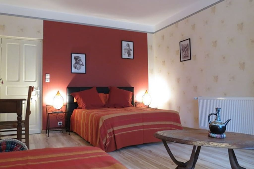 Chambres d 39 hotes sdb privative avec piscine chambres d for Chambre d hote limousin