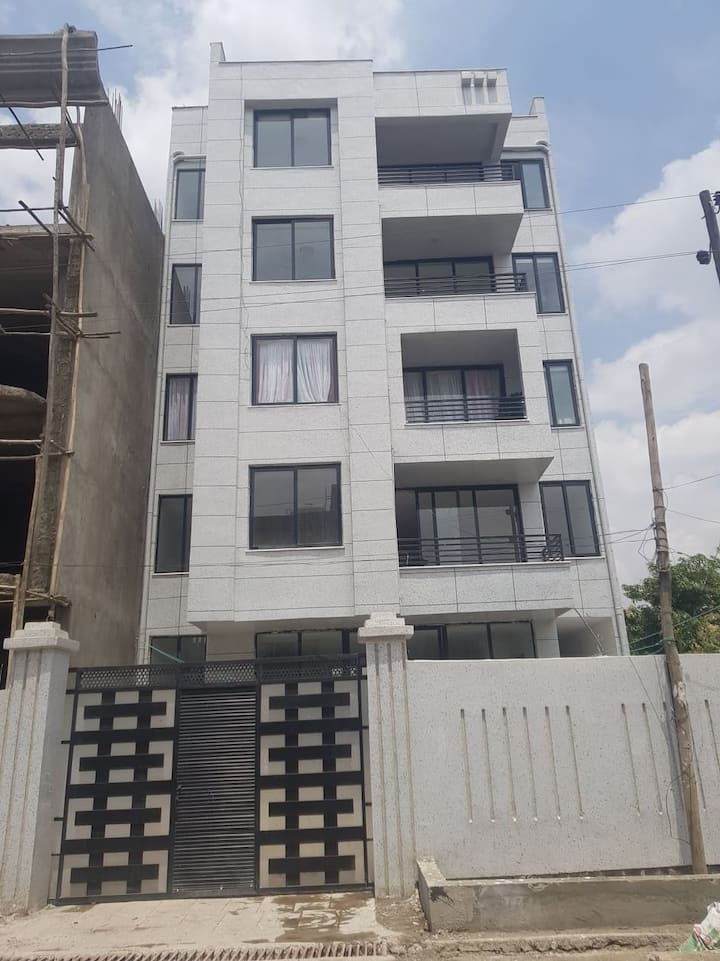Apartment for rent with 2 bed room and 3 bath room