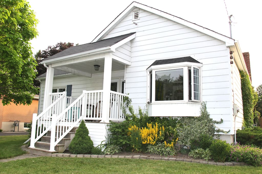 Cottage In The City Vibe Entire House Houses For Rent In Kingston Ontario Canada