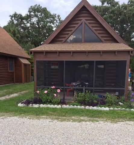 Okeechobee Log Cabin #19