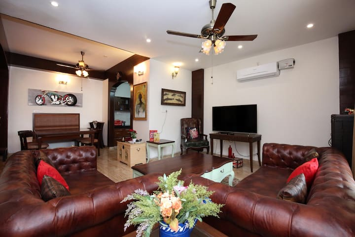 OYO - Discount Alert! Valley-View 2BHK Villa, Kasauli