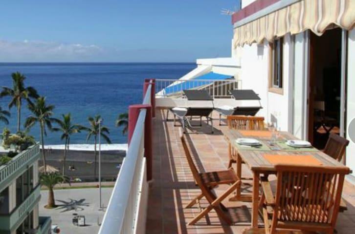 Ático con vistas al mar, WiFi free - Puerto de Naos - Pis