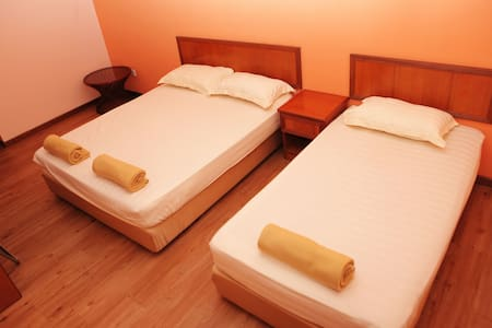 Boutique Guest House triple sharing - Malacca - Other