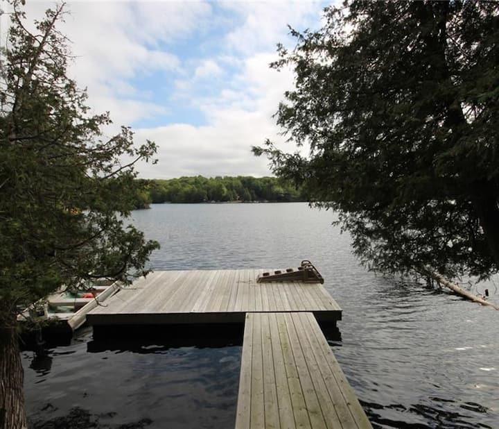 Devil Lake - Beautiful Cottage