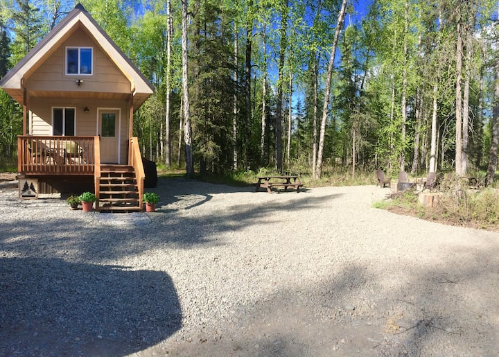 Talkeetna Tiny House Cabin *Sauna*Large Group OK