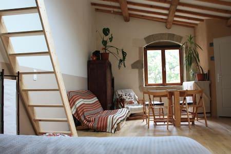 Gîte à la campagne - Saint-Bauzille-de-la-Sylve - Natur lodge