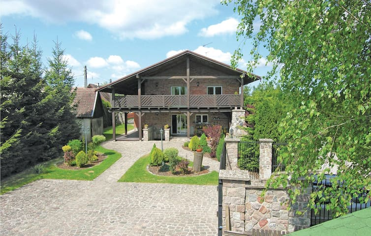 Holiday cottage with 4 bedrooms on 235 m² in Ostróda