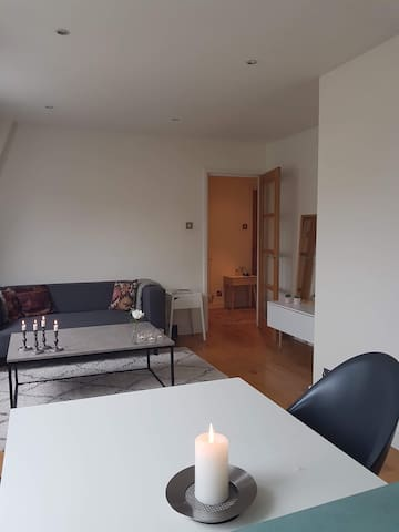 Quiet double room in Zone 1, close to Tate Modern
