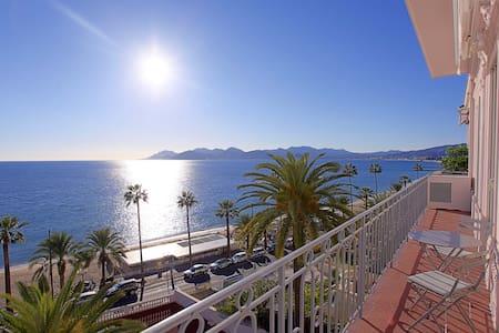 Vue mer panoramique/ Plages du Midi - Cannes - Apartamento