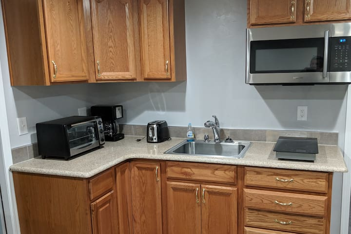 Quiet New One Bedroom Apartment, Self check-in