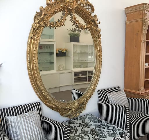 Large mirror in the entrance hall
