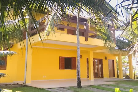 Casa amarela do Sargi - Itacaré (pé na areia) - Itacaré
