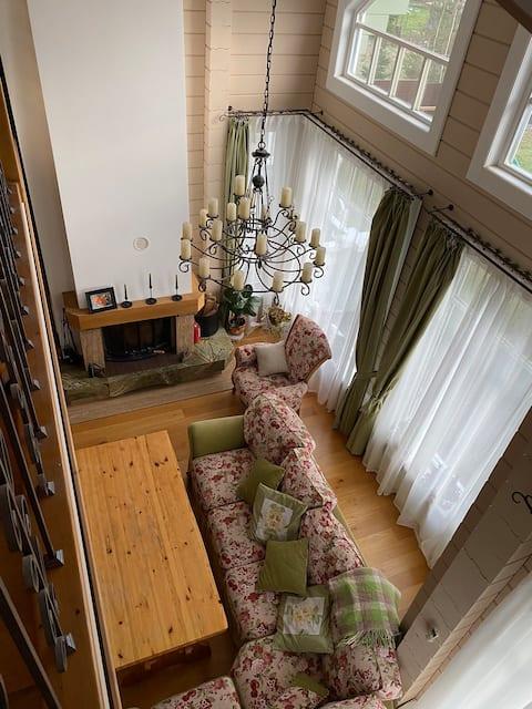 Уютный дом для отдыха зимой и летом