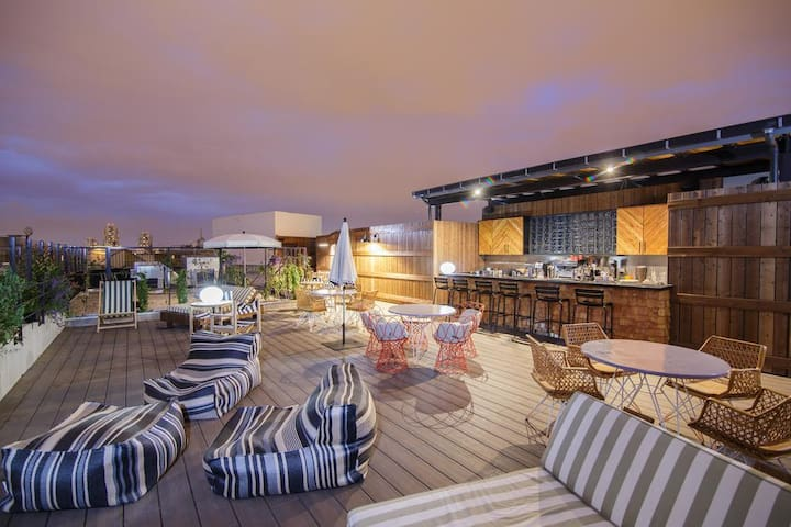 A very nice and cozy terrace to enjoy some drinks with a beautiful view on Paris