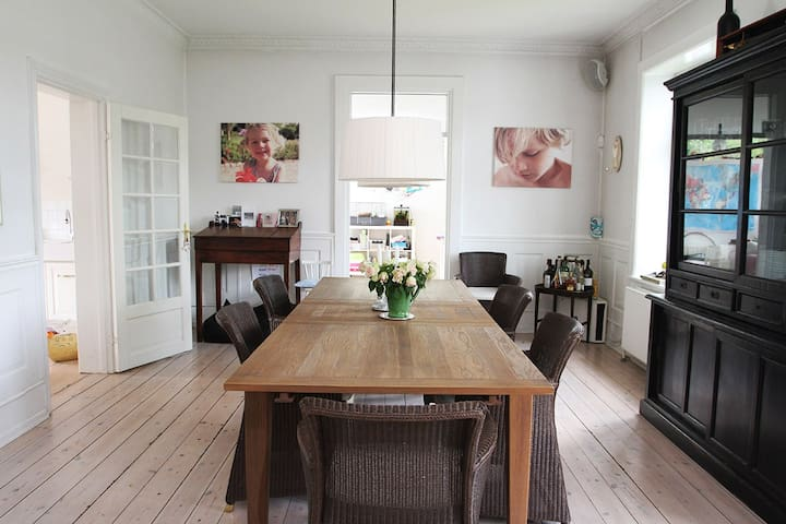 Charming villa in Hellerup 15 min from Copenhagen