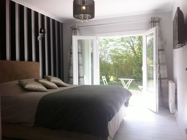 Chambre d'hôtes à 15 mn de rouen - Estouteville-Écalles - Bed & Breakfast