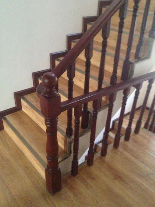 二楼的楼梯