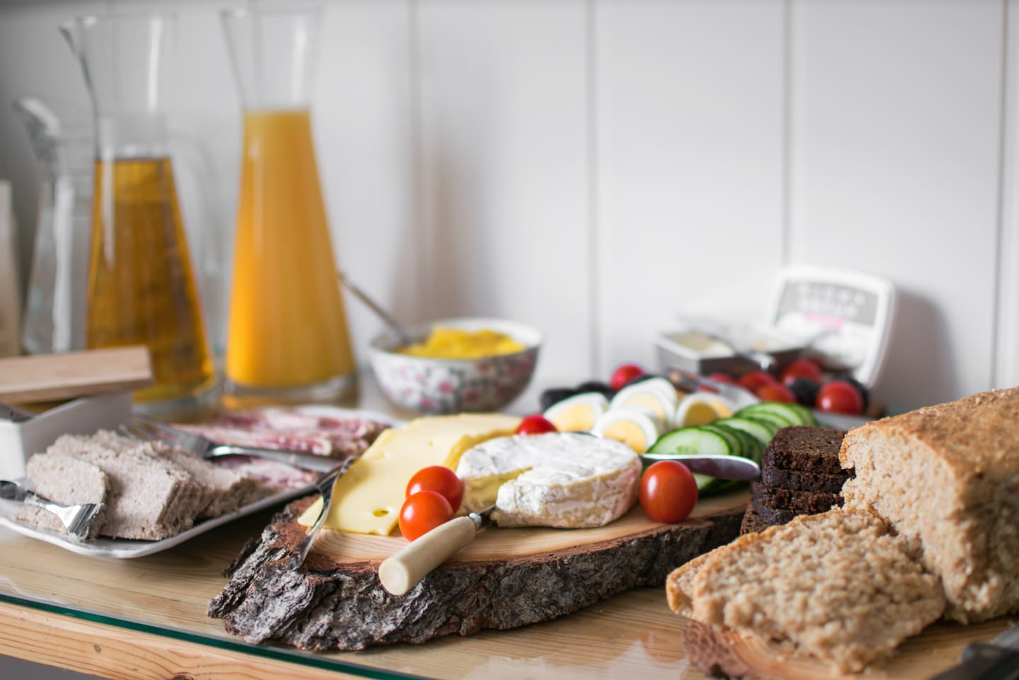 Icelandic and homemade breakfast is included