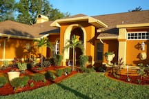 Luxurious 4BR/2BA Pool Home Close to Beaches