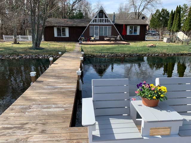 Cottage rental on Waupaca's Chain O' Lakes