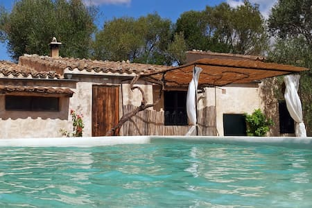 CASITA DE CAMPO CON BELLAS VISTAS Y PISCINA. RURAL - Lloret de Vistalegre