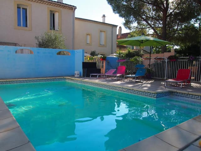 2 Bed Apartment in South of France - Montblanc - Lejlighed