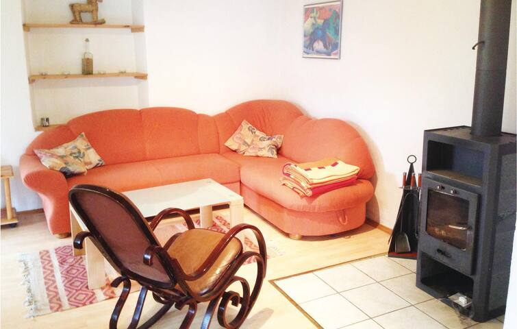 Holiday apartment with 2 bedrooms on 75m² in Vöhl