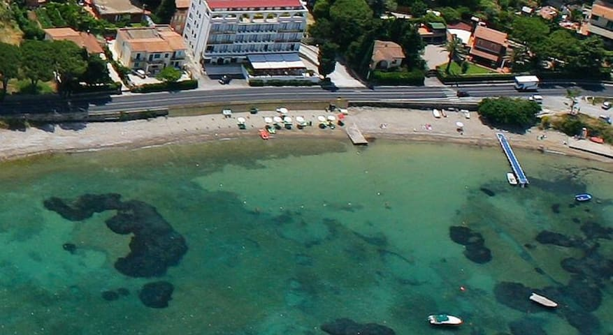 Nice apartment 400 meters from the sea, on foot!